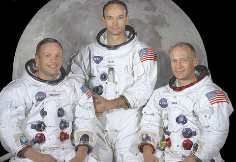 800px-The_Apollo_11_Prime_Crew_-_GPN-2000-001164.jpg